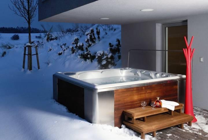 Hidromasažni bazen po zimi